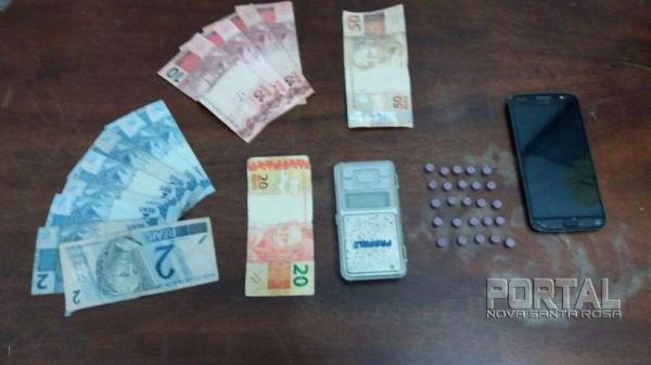 25 comprimidos de ecstasy foram apreendidos. (Foto: Bogoni)