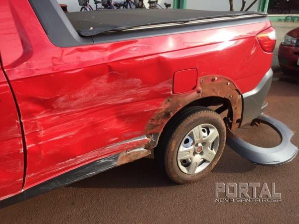 No acidente apenas danos materiais. (Foto: Portal Nova Santa Rosa)