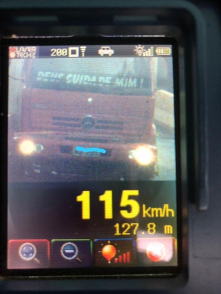 O condutor de um caminhão, foi flagrado a 115 quilômetros por hora. (Foto: PRE)