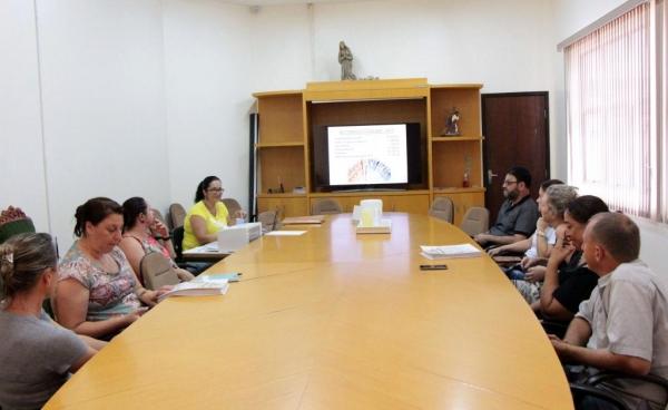Comitê do Transporte Escolar aprova contas do PETE. (Foto: Assessoria)
