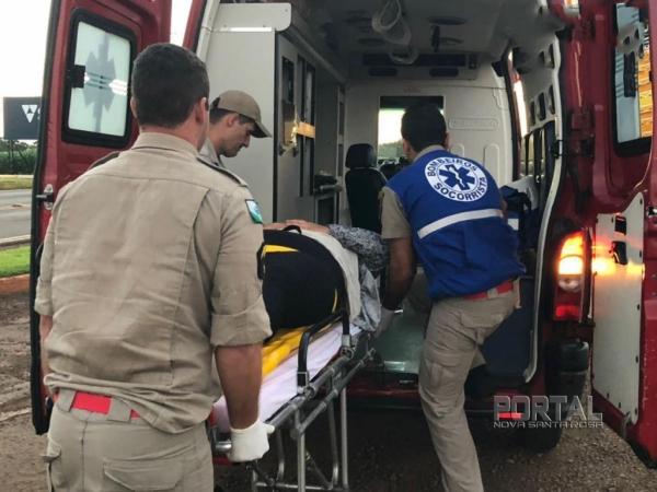 A vítima de 24 anos, foi atendida pela equipe do Corpo de Bombeiros. (Foto: Marechal News)