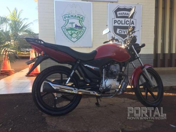A moto foi encaminhada ao pátio do Detran. (Foto: Portal Nova Santa Rosa)