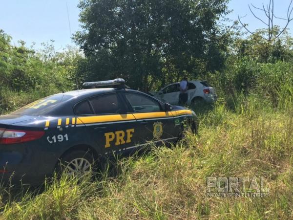 O condutor, de 27 anos, foi preso . (Foto: PRF)