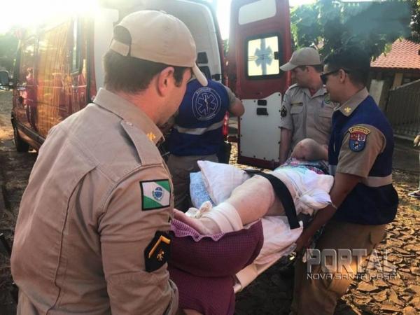 Após atenção inicial, ela foi levada para cuidados médicos na Unidade de Saúde 24 horas. (Foto: Marechal OnLine)