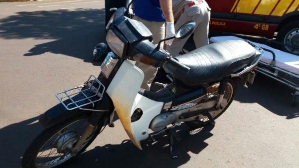 Motorista de 88 anos se envolve em acidente no centro de Marechal Rondon (Foto: Fernanda Bourscheidt/AquiAgora.net )