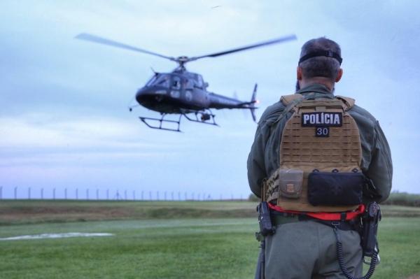 O helicóptero, modelo AS 350 B2, é o mais indicado para operações aéreas de segurança pública. (Foto: Divulgação)