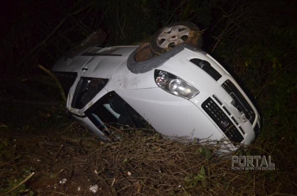 O condutor não foi localizado. (Foto: Bogoni)