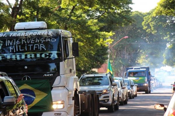 A passeata aconteceu nesta manhã (28). ( Fotos: Portal Nova Santa Rosa)