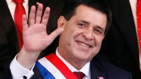 Em comunicado breve, Cartes declarou que renunciaria para assumir o posto no Senado . (Foto: Divulgação)