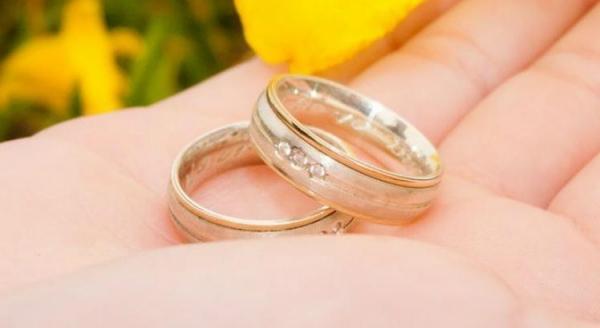 Atualmente, o Código Civil permite o casamento em caso de gravidez (Foto: EBC )