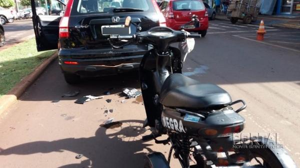 O condutor teve ferimentos leves. (Fotos: Marcio Cerny)