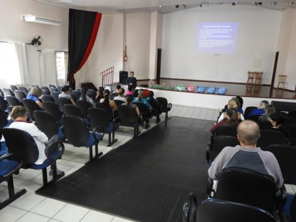 O ginecologista Edu Henrique Azevedo ministrou a palestra. (Foto: Assessoria)