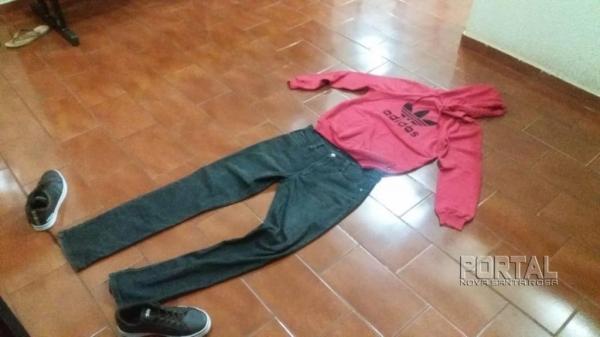 Segundo a Polícia, na residência do cidadão foram encontradas as roupas e a bicicleta usadas no crime. (Foto: PM)
