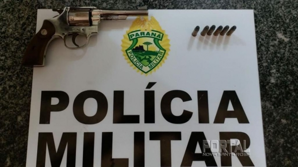 Arma apreendida. (Foto: PM)