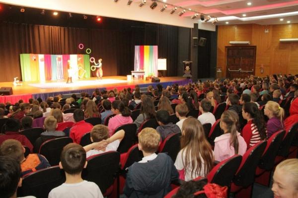 O evento foi realizado no Teatro Municipal Gustavo Fischer. (Fotos: Assessoria)