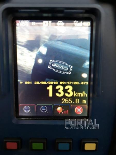 Veículo é flagrado a 133 Km/h na rodovia próximo a Novo Sarandi. (Foto:PRE)