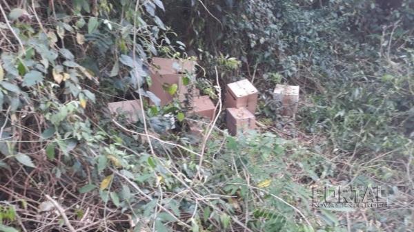 Os produtos estavam em uma mata na Linha Machado de Assis. (Foto: Polícia Militar)