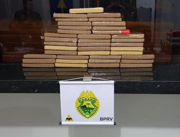 Após pesagem a droga totalizou 25 Kg. (Fotos: PRE)