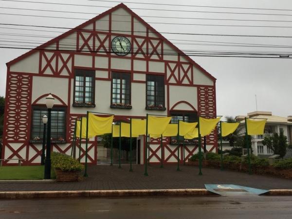 Praça do Colonizador em Nova Santa Rosa.(Foto: Portal Nova Santa Rosa)