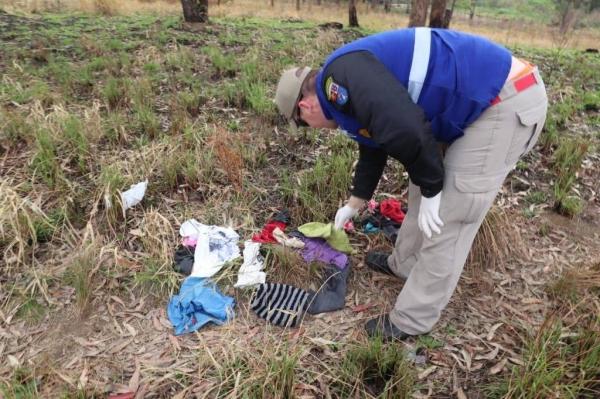 A mulher de aproximadamente 30 anos, foi encontrada nua. (Foto: Massa News)