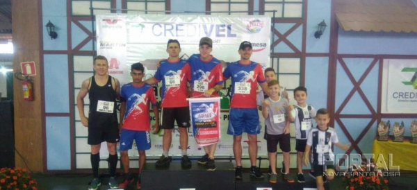 O atleta da cidade tem apoio da Cicles Motos e Prefeitura Municipal de Nova Santa Rosa.(Foto: Portal Nova Santa Rosa