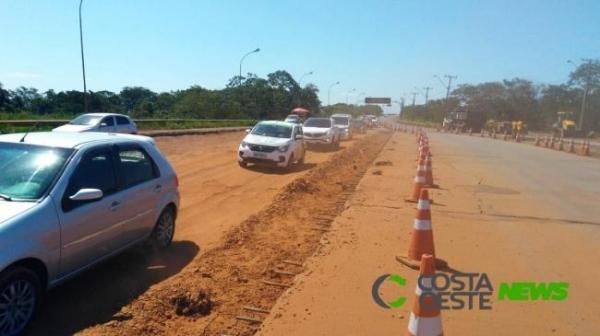 Prevista para terminar no dia 20 de dezembro, o DNIT pede a paciência,(Fotos: Costa Oeste News)