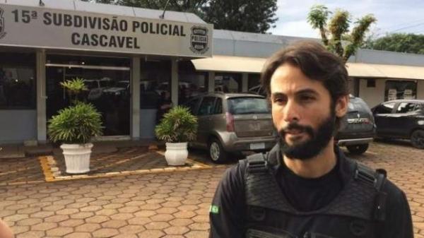 Adriano Valente, Delegado da Polícia Civil do Distrito Federal, explica que o empresário preso e encaminhado à 15ª SDP (Subdivisão Policial) é responsável por uma empresa de cobranças da cidade. (Foto: Reprodução)