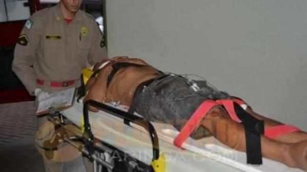 Ele foi atendido por equipes de socorro do Siate .(Foto:Plantão Maringá)