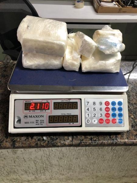 A droga estava em uma caixa de som. (Foto: BPFRON)