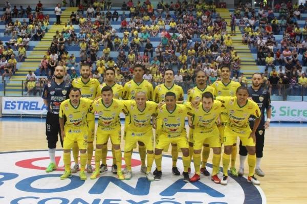 Copagril Futsal estreia com vitória no Paranaense e energiza torcida (Foto: Carina Ribeiro/Copagril )