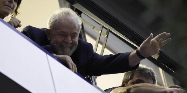 Lula, nessa sexta-feira, em São Bernardo do Campo (Foto: Bruno Rocha/Estadão Conteúdo/Foto Arena)