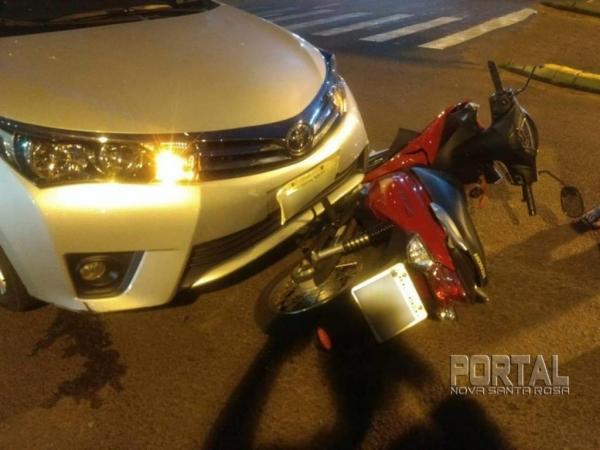 A biz foi parar debaixo do veículo. (Foto: Marechal OnLine)