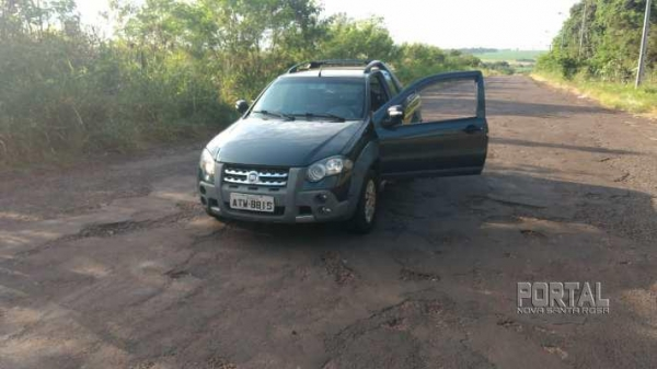 O veículo havia sido furtado no sábado. (Foto: PM)