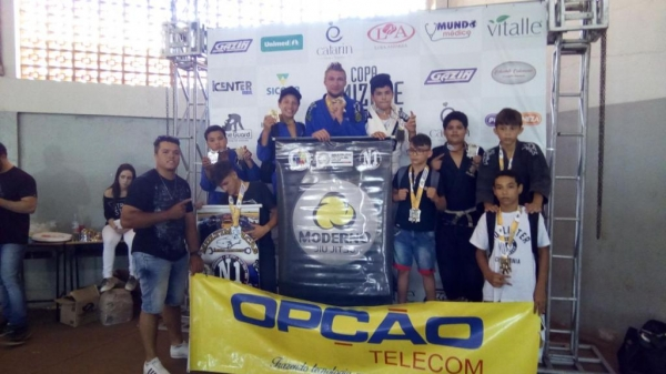 Os atletas representaram o município. (Foto: Colaborador)