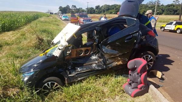 O carro tentou atravessar a rodovia. (Foto: CGN)