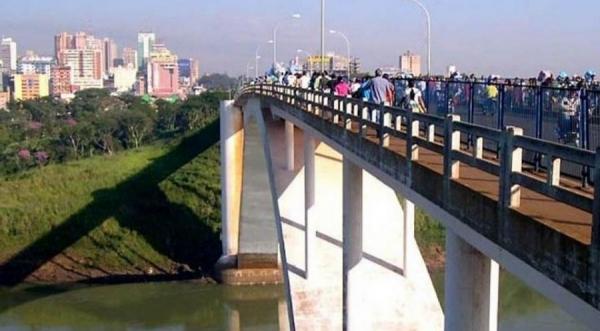 Brasileiros acusados de contrabando são expulsos do Paraguai (Foto: Divulgação )