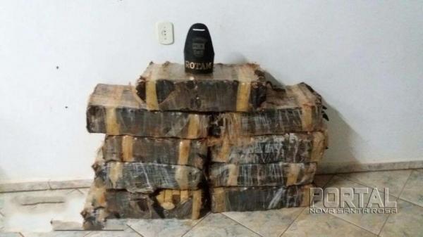 Os nove fardos da droga pesaram 223 kg (Foto: Bogoni)