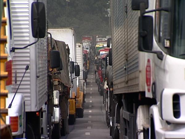 Greve dos caminhoneiros no Espírito Santo (Foto: Aroni de Freitas/ TV Gazeta)
