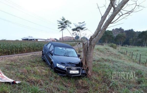 O veículo foi guinchado e levado a Marechal. (Fotos: Colaborador)
