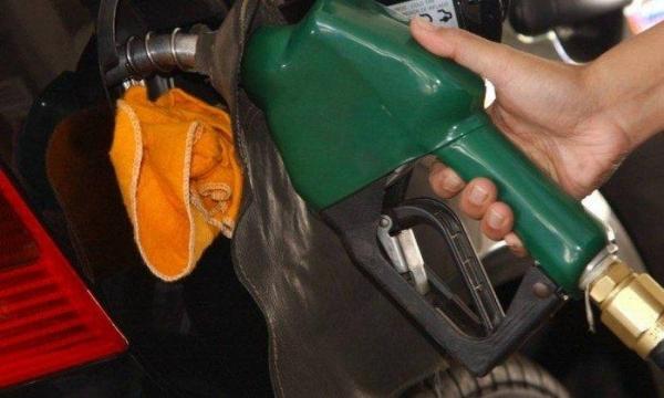 A redução representa menos R$ 0,26 no litro do diesel.(Foto: O Globo)