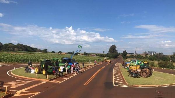 Manifestação em Pérola Independente. (Foto: Colaborador)