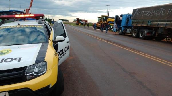 Os Batalhões da Policia Militar estão dando apoio em todos os postos de policiamento rodoviários estaduais (Foto: PRE/Divulgação )