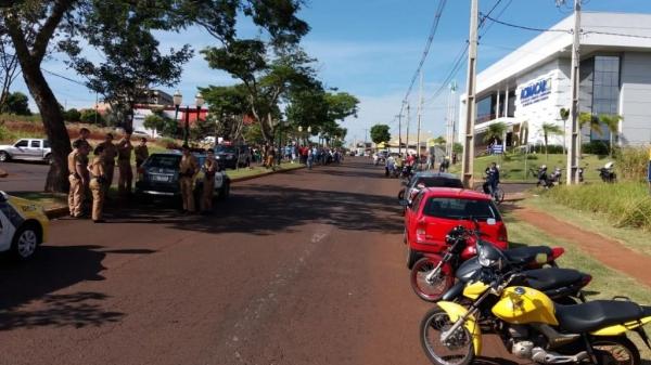 Manifestações acontecem na cidade. (Foto: Marechal News)
