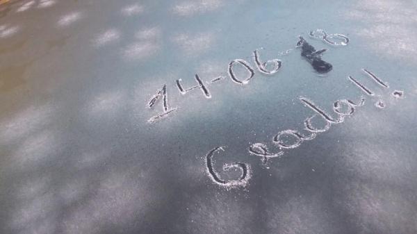 Gelo sobre o vidro de veículo em São José dos Ausentes, na Serra gaúcha. (Foto: Anapio Pereira/Arquivo Pessoal)