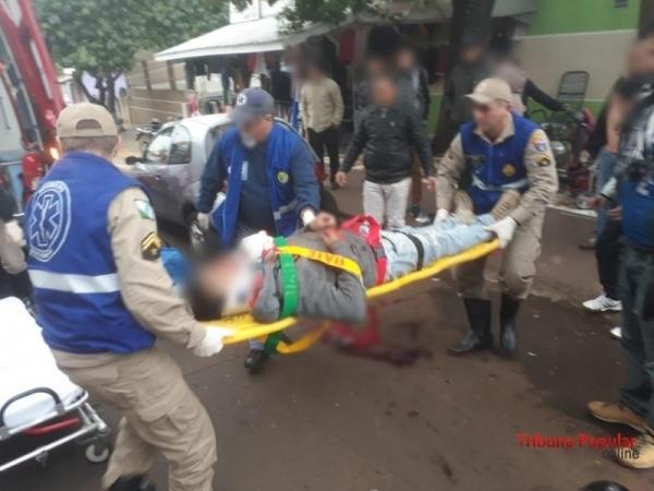 O motociclista chegou a ser socorrido, mas faleceu durante o atendimento (Foto: Paulo Romeu Domingues Junior/Tribuna Popular )