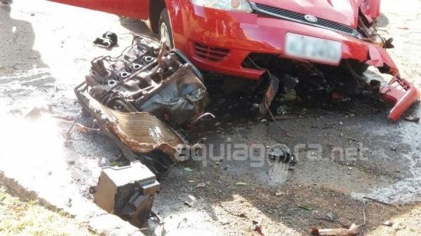 Dois jovens ficaram feridos no acidente (Foto: Fernanda Bourscheidt/AquiAgora.net )