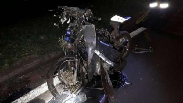 Ainda segundo a PRF, o motociclista não era habilitado (Foto: CATVE )