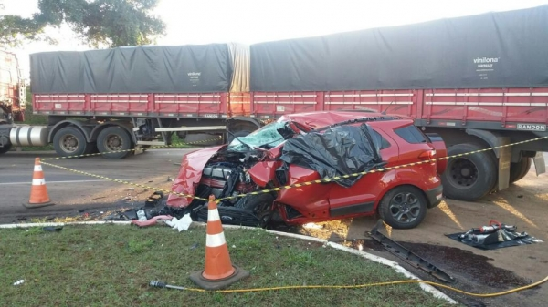 Uma pessoa morreu e duas ficaram gravemente feridas.(Fotos:CGN)