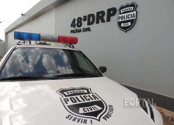A polícia foi acionada e constatou se tratar de vários documentos falsificados. (Fotos: Léo Silva)