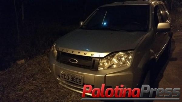 Um veículo foi recuperado. (Foto: Palotina Press)